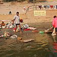 On_the_banks_of_the_ganges_1